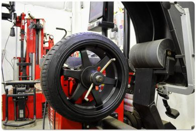 Touchless Tire Mounting And Hunter Road Force Balancing